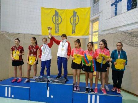 Stolüstü tennisçilərimiz beynəlxalq turnirdə iki medal qazanıblar