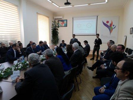 """""""Holokost və Xocalı - müasirlərin gözü ilə"""" mövzusunda"""