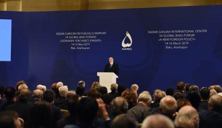 İlham Əliyev VII Qlobal Bakı Forumun açılışında iştirak edir