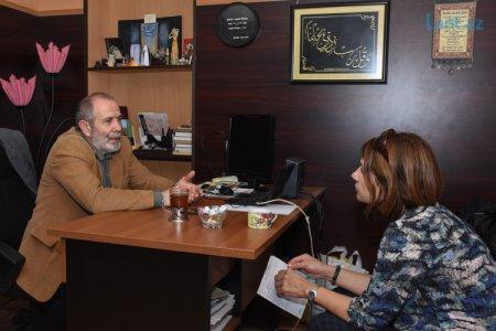 """Teatr rəhbəri: """"Səhnə geyimlərini """"Binə"""" bazarından alıram"""" – SUSARAQ DANIŞAN ADAM"""