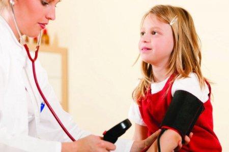 Hipertoniya ilə mübarizə: 3 yaşdan sonra uşaqların da təzyiqini ölçün