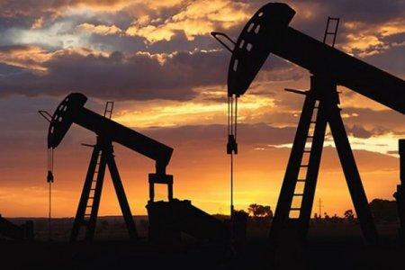 Ekspertdən neftin ucuzlaşması ilə bağlı KƏSKİN PROQNOZ: Sentyabrda...