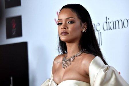 Rihanna haqqında 25 milyon dollarlıq sənədli film çəkilir