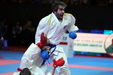 Rafael Ağayev Karate 1 Premyer Liqa turnirinin qızıl medalını qazanıb