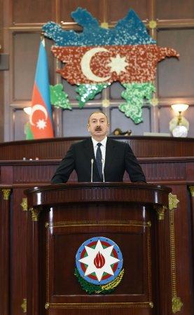 Azərbaycan Prezidenti: Deputatlara tövsiyəm odur ki, onlar seçildikləri dairələrdə seçicilərlə daim təmasda olsunlar