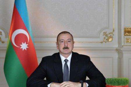 Prezident: Azərbaycan həkimləri böyük qəhrəmanlıq göstərirlər