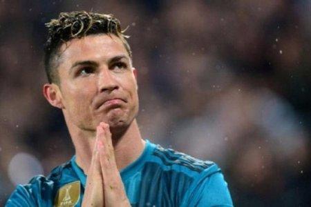 Ronaldo bütün dövrlərin ən yaxşı oyunçusu seçilib