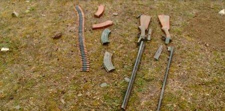 Azərbaycanda körpünün altında silah-sursat tapıldı