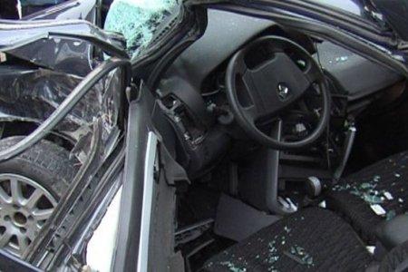 Cəlilabadda AĞIR QƏZA: avtomobilini ağaca çırpan sürücü öldü