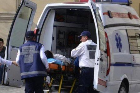Azərbaycanda supermarketdə DƏHŞƏT - 23 yaşlı qız öldü