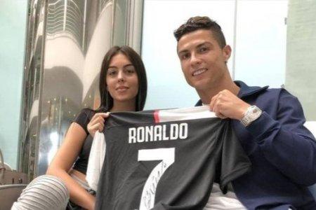 """Ronaldu """"Instagram""""dan ən çox gəlir götürən futbolçu oldu - SİYAHI"""