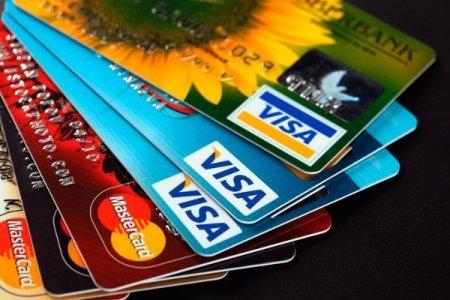 Kredit kartları ilə aparılan əməliyyatların həcmi açıqlanıb