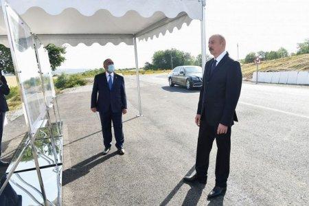 İlham Əliyev yeni yol layihəsi ilə tanış olub