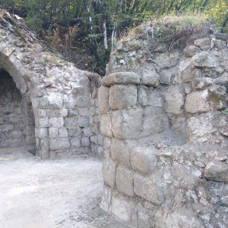 Şirvanşahların sonuncu iqamətgahı olan Buğurt qalasında tədqiqatlara başlanılıb