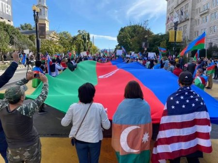 ABŞ-da fəaliyyət göstərən Azərbaycan diaspor təşkilatları etiraz tədbiri keçirib