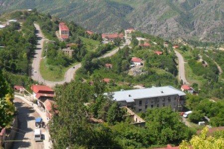 Azərbaycan Ordusu Laçın rayonuna daxil olub