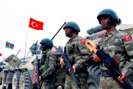 Türkiyə hərbçiləri Qarabağa hansı silahlarla gəlir? - Açıqlama