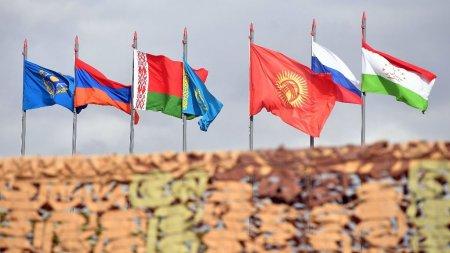 Moskva Azərbaycanı Putinin hərbi blokuna üzvlüyə ÇAĞIRDI