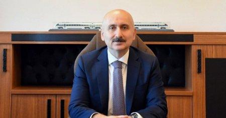 Türkiyəli nazir İğdır-Naxçıvan dəmir yolunun inşasının gedişatından danışıb