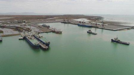 Çin Azərbaycandan tranzitlə Niderland limanına yük daşımağı planlaşdırır